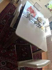 Продам гостиный стол трансформер со стульями
